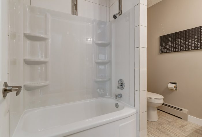 Bathroom-700x475.jpg