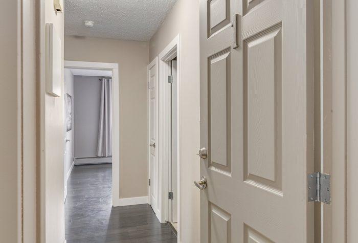 Suite-Hallway-700x475.jpg